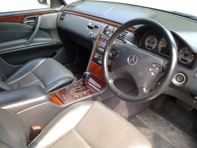 Mercedes W211 váltógomb és szoknya automata Elegance