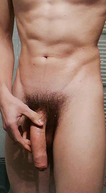 fórum nagy pénisz hatalmas péniszű férfiak