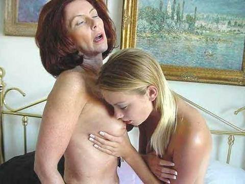 borsten en kutjes trio met moeder en dochter