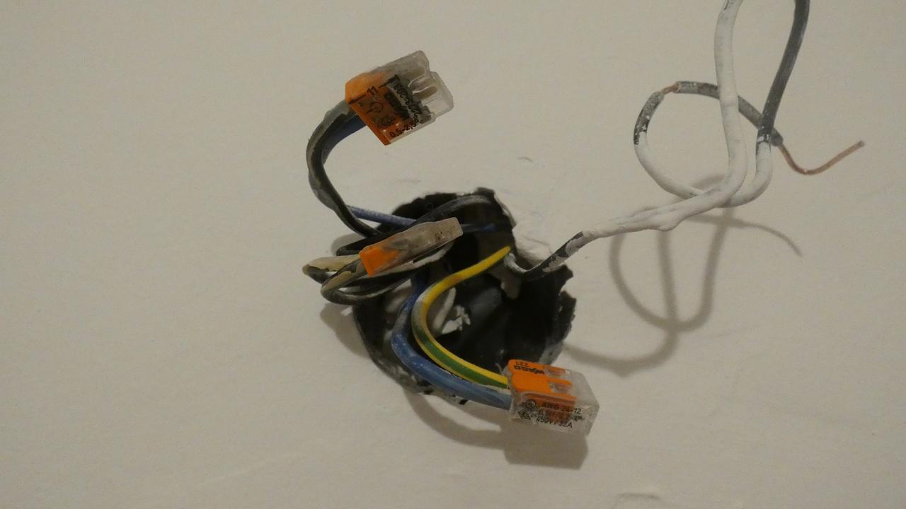 csatlakoztassa hátra az indító mágnesszelepet társkereső oldalak dbn