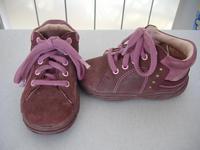 Még mindig meg vannak a 21-es Siesta bőr cipő 516edd019a