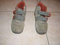 Decathlonos cipő 30-as méret. Belső hossz 19 e5e250f2ca