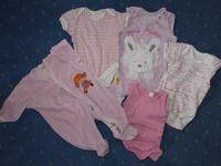 f6c126e3ec rugik, kenguru gold a hosszú ujjú 50-es. talán 3szor használtuk. a  rózsaszinű rövidujjú ruginak a hátulján van egy kis farok is (pamacs)  mintha tényleg ...