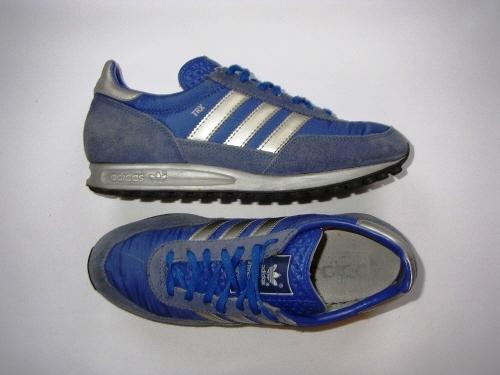 gyári hiteles jól néz ki cipő eladó uk áruház csizma festése