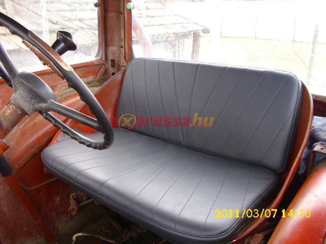 szabad ülés 41200)
